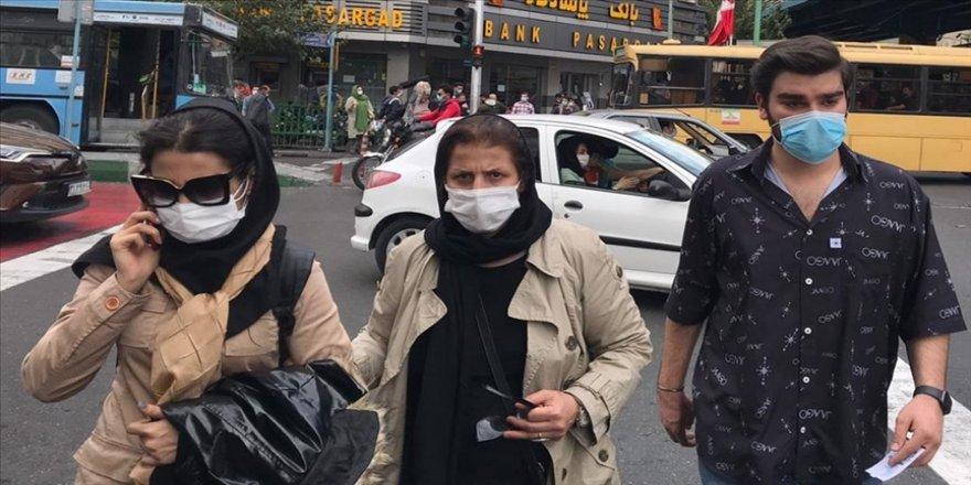 İran'da son 24 saatte Kovid-19'dan 362 kişi hayatını kaybetti