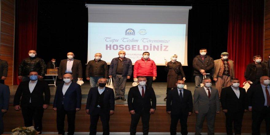 Muallimköy Mahallesi'nde hak sahibine tapuları takdim edildi