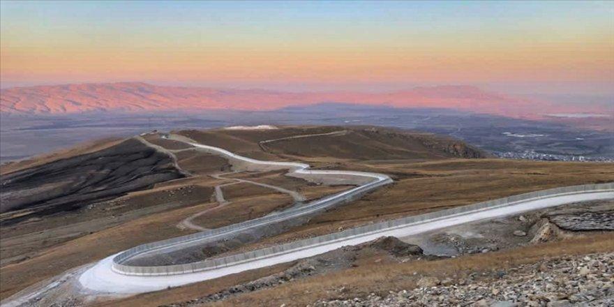 İçişleri Bakanı Soylu: Ağrı-İran sınırında 81 kilometrelik Güvenlik Duvarı Projesi sona erdi