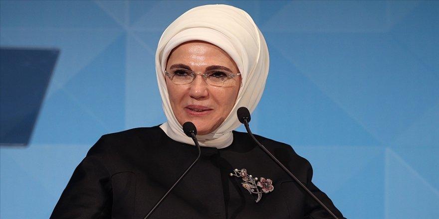 Emine Erdoğan 5 Aralık Dünya Kadın Hakları Günü'nü kutladı