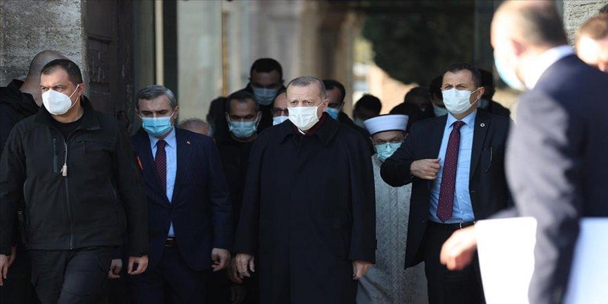Cumhurbaşkanı Erdoğan, Kıran Holding Onursal Başkanı Turgut Kıran'ın cenaze namazına katıldı
