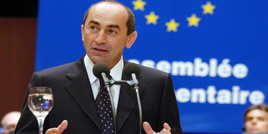 Eski Ermenistan Cumhurbaşkanı Koçaryan: Yetkililer savaşı kaçınılmaz kılmak için her şeyi yaptı