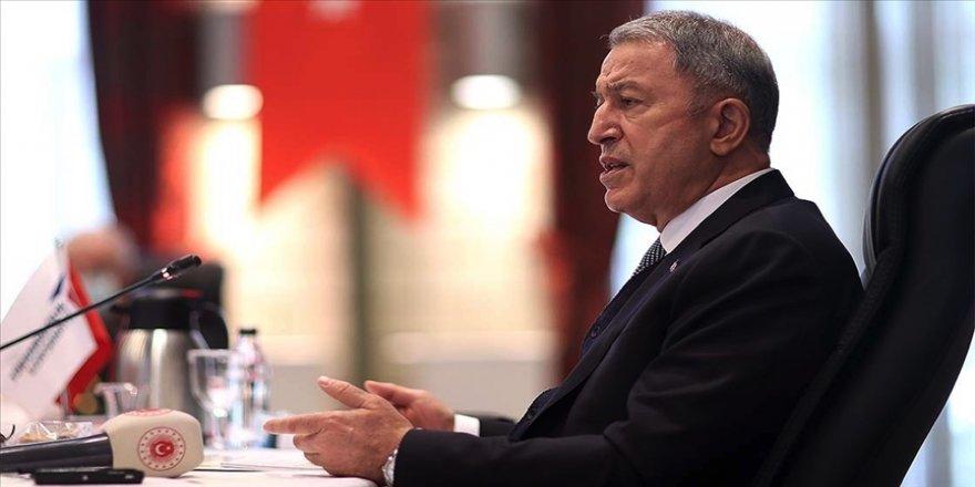 Bakan Akar: Azerbaycan Karabağ'ı işgalden yerli ve milli silah sistemlerimizin de katkısıyla 44 günde kurtardı