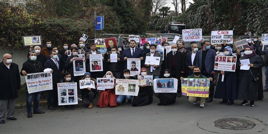 Uygur Türklerinin Çin'in İstanbul Başkonsolosluğu önündeki eylemi sürüyor