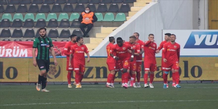 Kayserispor 11 hafta sonra gelen galibiyetle moral buldu