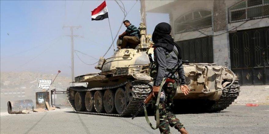 Yemen ordusu: Husilerin Taiz'e düzenlediği saldırıda 6 sivil öldü