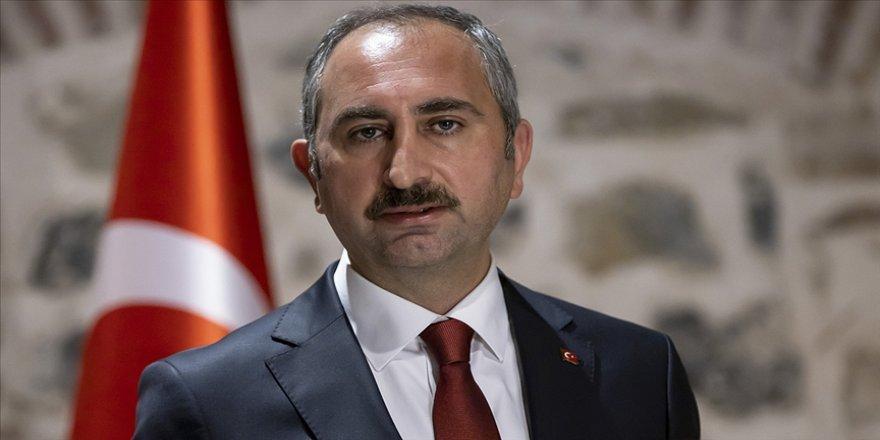 Adalet Bakanı Gül: ABD Kongresi'nde yaşanan ibretlik olayları endişeyle takip ettik