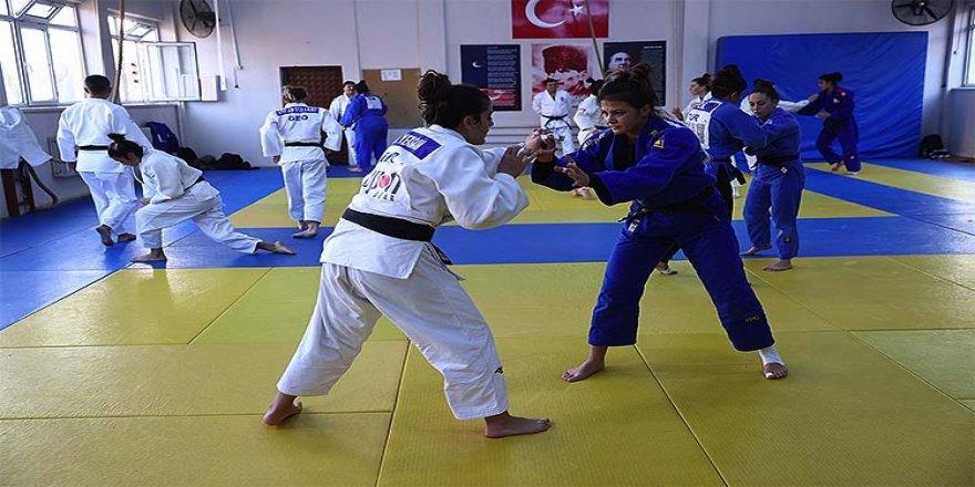 Kadın milli judocuların gözü Tokyo ve Paris Olimpiyatları'nda