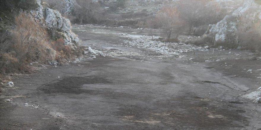 Beyşehir Gölü'nü besleyen dereler kar yağışı bekliyor