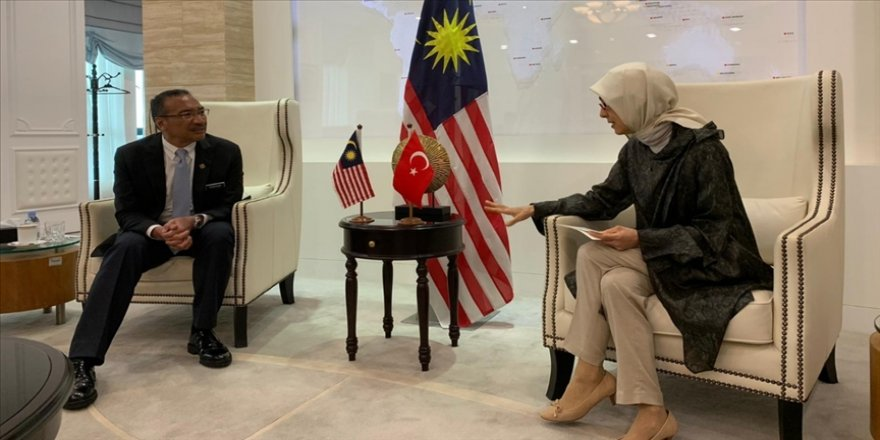 Türkiye'nin Kuala Lumpur Büyükelçisi Kavakcı, Malezya Dışişleri Bakanı Hişamuddin ile görüştü