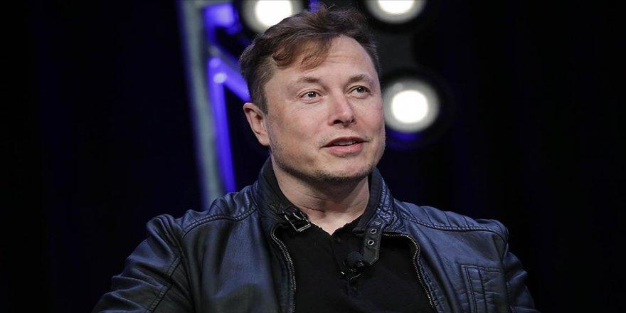 Elon Musk Amazon'un kurucusu Jeff Bezos'u geçerek dünyanın en zengin insanı oldu