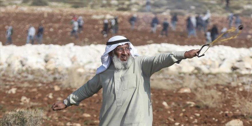 İsrail askerleri Filistin'in 'ihtiyar delikanlısı'nı gözaltına aldı