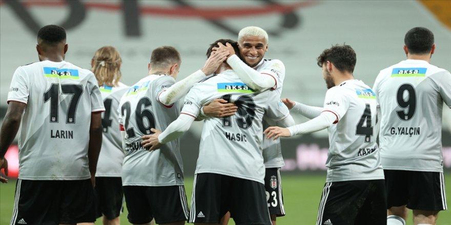 Beşiktaş, şampiyon olduğu 2015-2016 sezonundaki gol performansını tekrarladı
