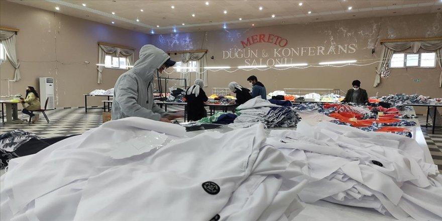 Düğün salonunu tekstil atölyesine dönüştüren Batmanlı girişimci 70 kişiye iş verdi