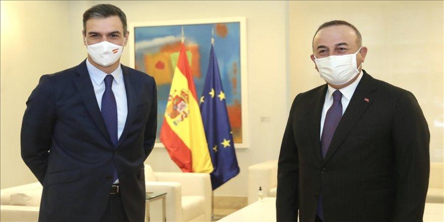 Dışişleri Bakanı Çavuşoğlu, İspanya Başbakanı Sanchez ile görüştü