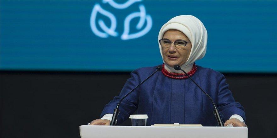 Emine Erdoğan: Ülkemizin teknoloji alanında kazandığı başarılar çocuklarımızın hayal dünyasını genişletiyor