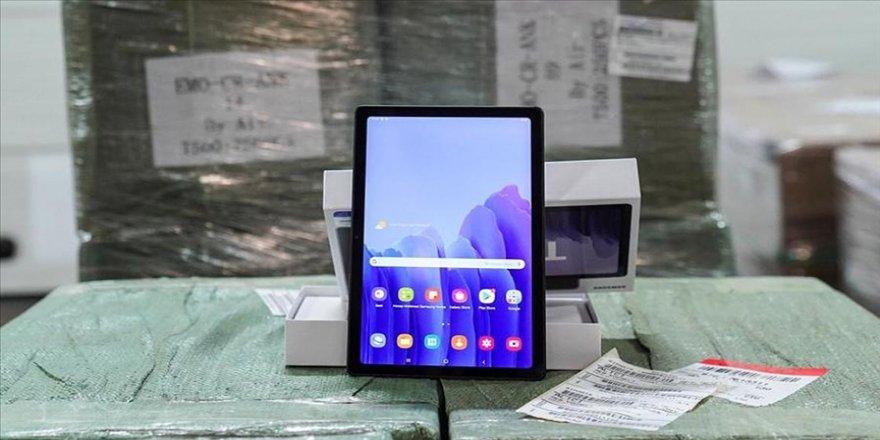 MEB'in tablet bilgisayar dağıtımında 4. faz başladı