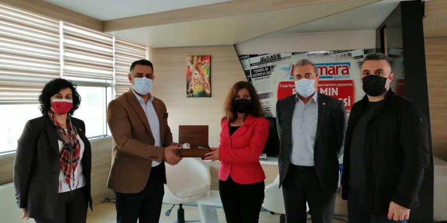 Chp Darıca'dan Gazetemize 10 Ocak Çalışan Gazeteciler Günü Ziyareti