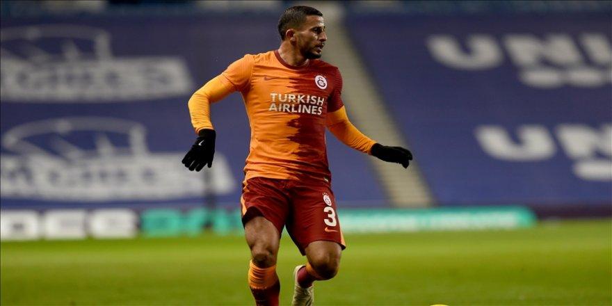 Galatasaraylı futbolcu Omar Elabdellaoui, tedavi sürecinin iyi gittiğini açıkladı