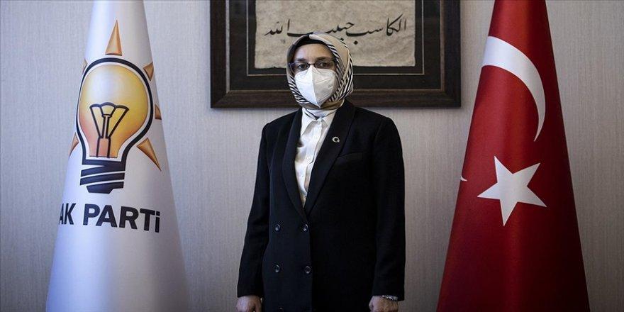 AK Partili kadınlar ev yemeği ile sağlık çalışanlarına destek oluyor