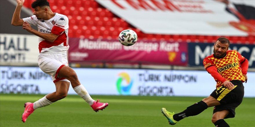Antalyaspor bu sezon ilk deplasman galibiyetini Göztepe'den aldı