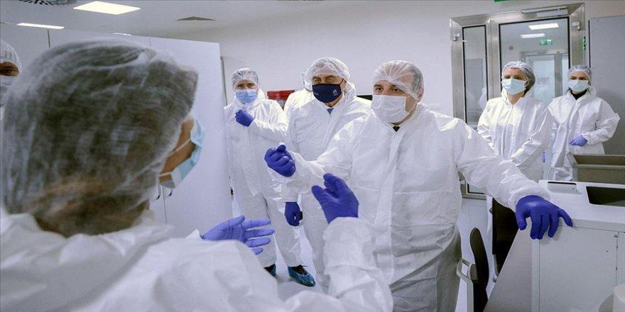 Bakan Varank: 'Virüs benzeri parçacıklara' dayalı aşıda ay sonuna kadar insan çalışmasına geçmek istiyoruz