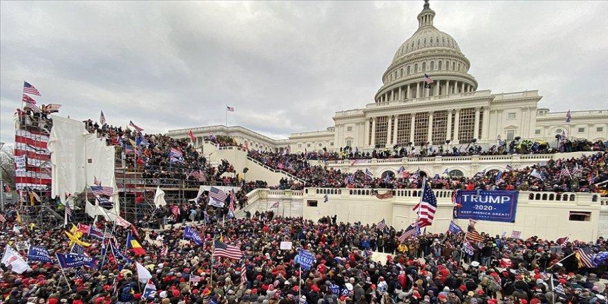 ABD'de göstericilerle Kongre binasına giren Batı Virginia'nın Cumhuriyetçi Meclis üyesi istifa etti