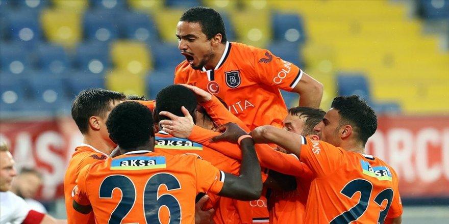 Medipol Başakşehir Ankara deplasmanında kazandı