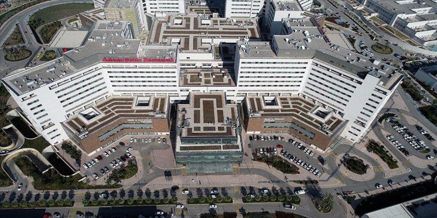Adana Şehir Eğitim ve Araştırma Hastanesi 3 yılda bölgenin 'sağlık üssü' oldu