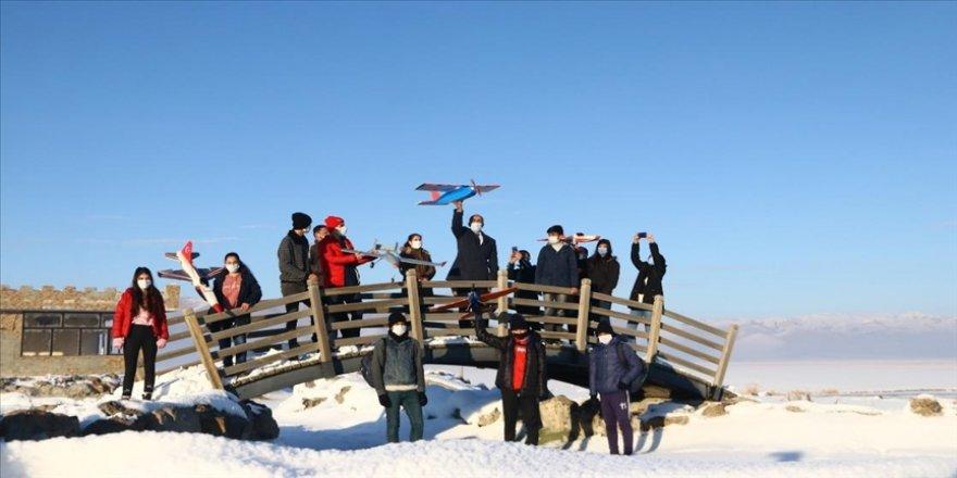 Van'da model uçak eğitimi alan öğrenciler TEKNOFEST'e hazırlanıyor