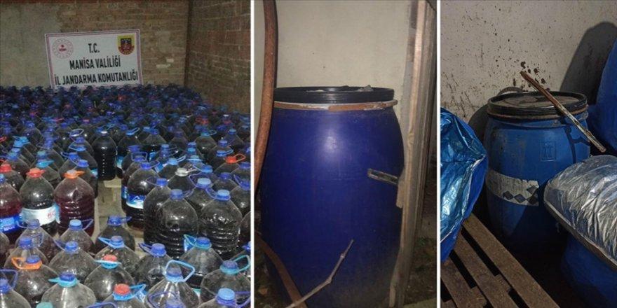 Manisa'da 3 bin 365 litre sahte içki ele geçirildi