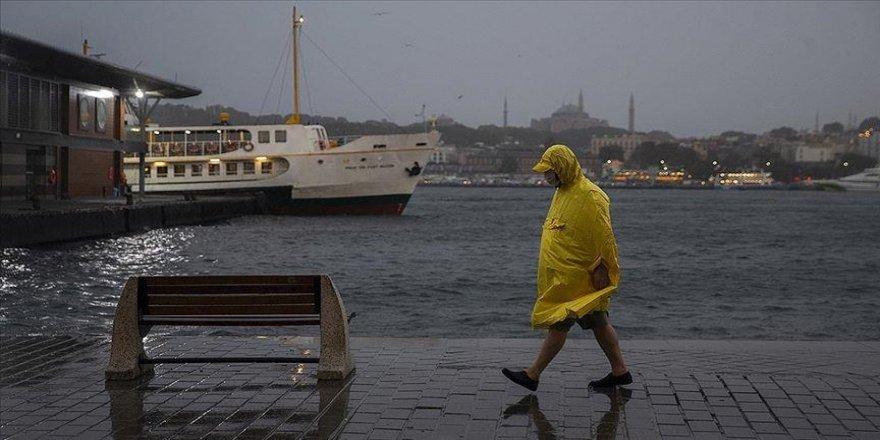 Marmara'nın doğusu ile İstanbul'da aralıklı sağanak bekleniyor