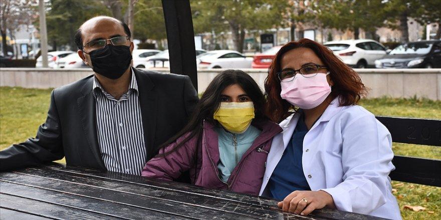 Akademisyen çift Türkiye'nin ilk mRNA aşısı için ter döküyor