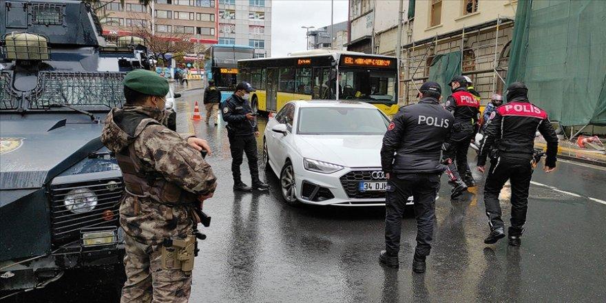 İstanbul'da 'Yeditepe Huzur' asayiş uygulaması yapılıyor