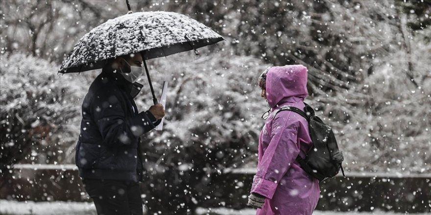 Meteorolojiden İç Anadolu ve Karadeniz bölgeleri için kar ve sağanak uyarısı