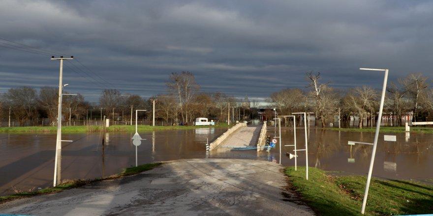 Sağanak kuraklık tehlikesi yaşayan Edirne'de barajları doldurdu