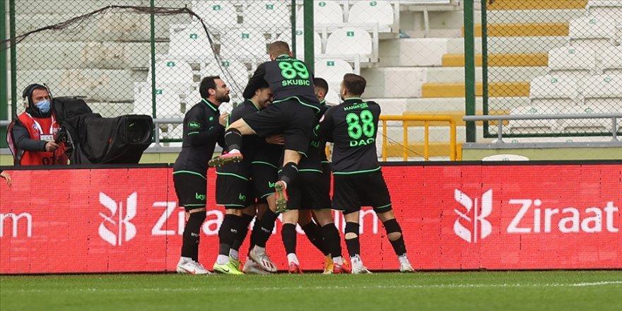 Konyaspor kupada adını çeyrek finale yazdırdı
