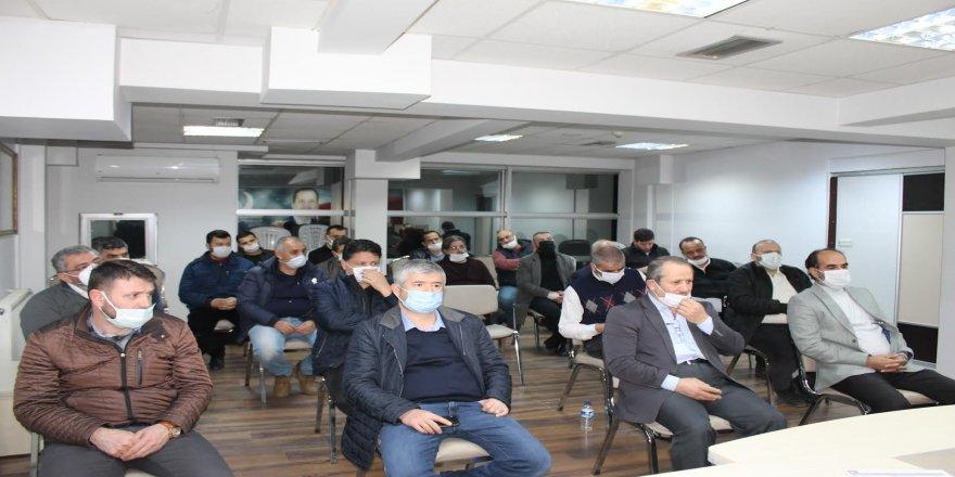 Aras, hem hükümete hem de Saadet partisine göndermede bulundu
