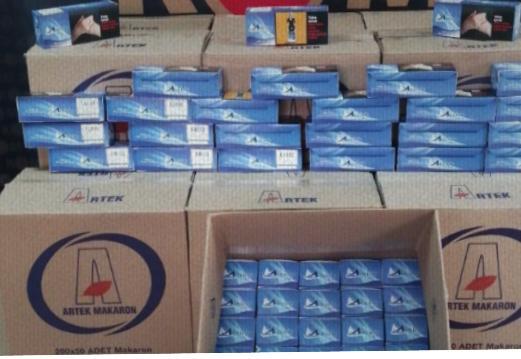 Kocaeli'de polis ekipleri 150 bin kaçak makaron ele geçirdi.