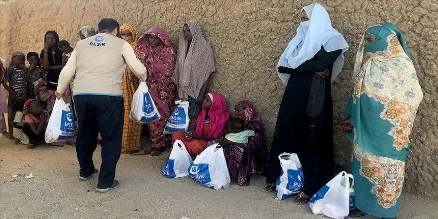 Beşir Derneği Çad'daki Abeşe Türklerine kurban eti dağıttı