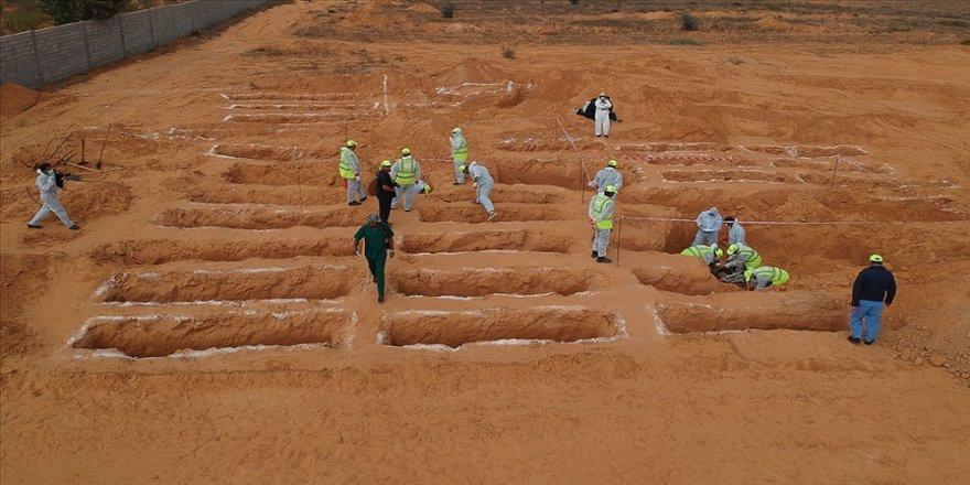 Libya'da toplu mezarlardan sorumlu tutulan Hafter'e bağlı 'Kani' milislerinin bulunması için gösteri düzenlendi