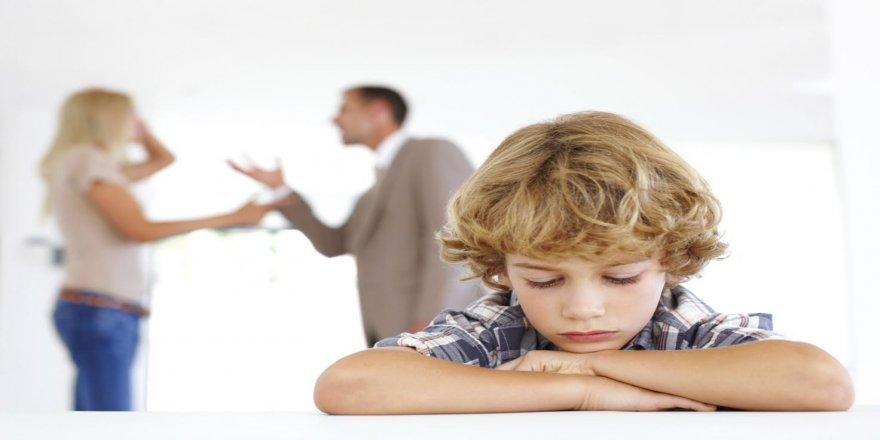 Çocukların gözü önünde tartışıp kavga etmeyin