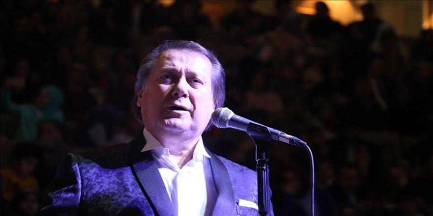 Ahmet Özhan yıllar sonra ekranlara geri dönüyor