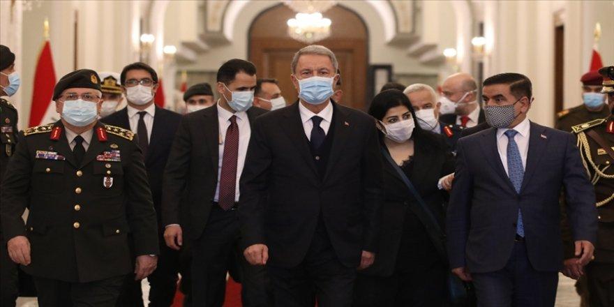 Irak basını Milli Savunma Bakanı Akar'ın Bağdat ziyaretine geniş yer verdi