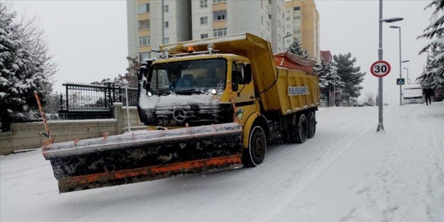 Malatya'da kar nedeniyle ulaşıma kapanan 349 mahallenin yolu açıldı