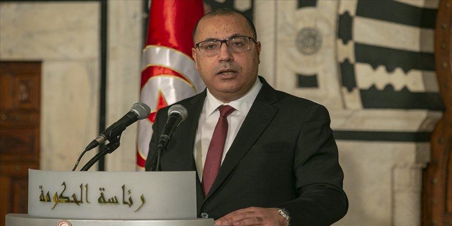 Tunus Başbakanı Meşişi, halka kışkırtma kampanyalarına kapılmamaları çağrısı yaptı