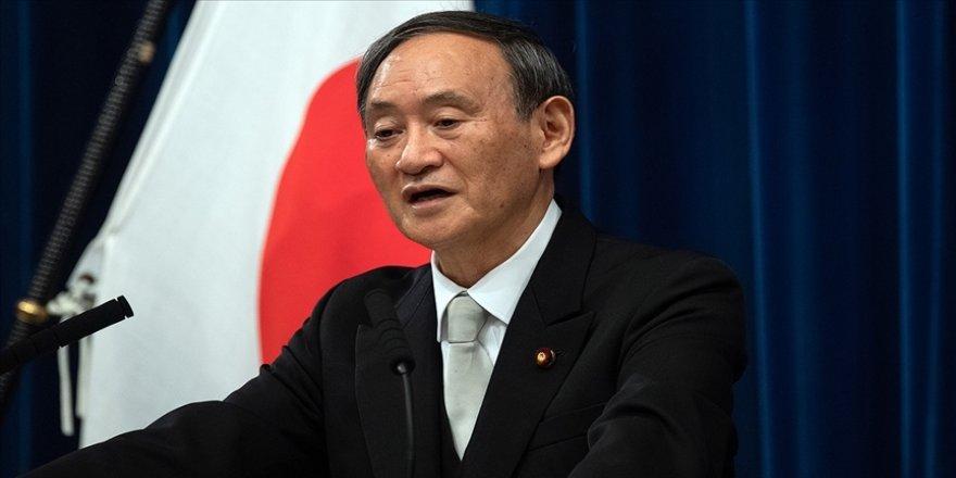 Kovid-19'dan günlük can kaybı ilk kez 100'ü geçen Japonya'da Başbakan 'gençlerin bilinçsizliğinden' yakındı