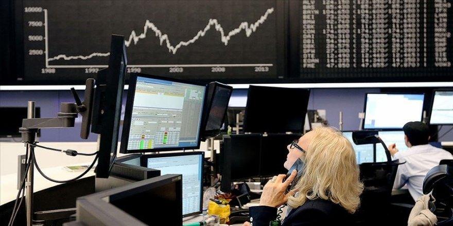 Küresel piyasalarda gözler ABD'deki yemin törenine çevrildi