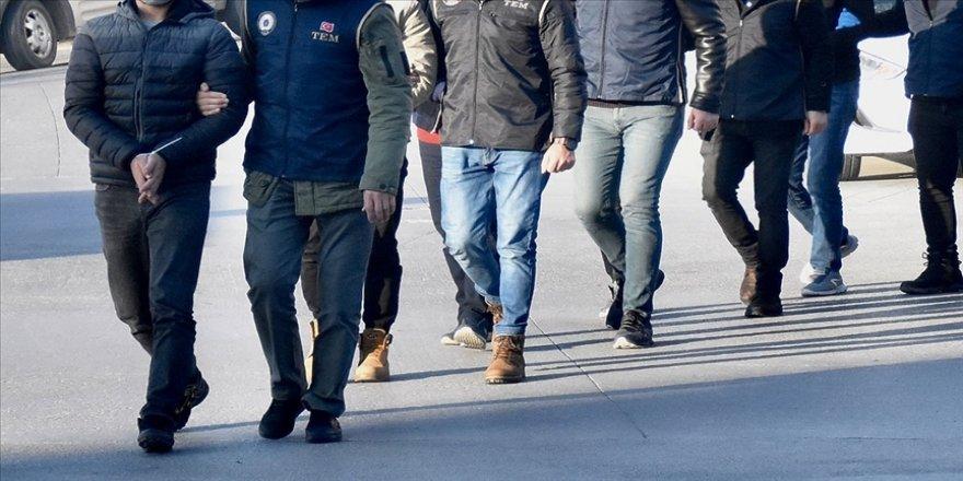 İstanbul merkezli 2 ilde FETÖ'nün TSK yapılanmasına yönelik operasyon: 9 gözaltı