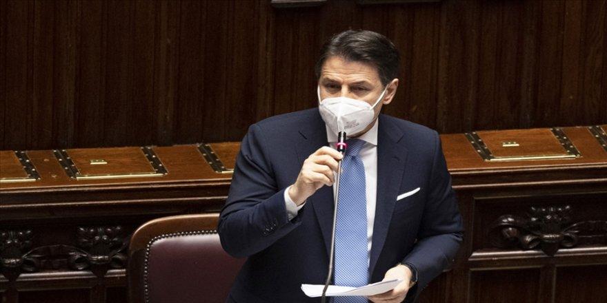 İtalya'da Başbakan Conte hükümetini güçlendirerek yola devam etmek istiyor